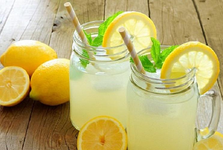 Lợi ích không ngờ khi uống nước chanh vào buổi tối - Trung Tâm Truyền Thông  và Chăm Sóc Sức Khỏe Cộng Đồng
